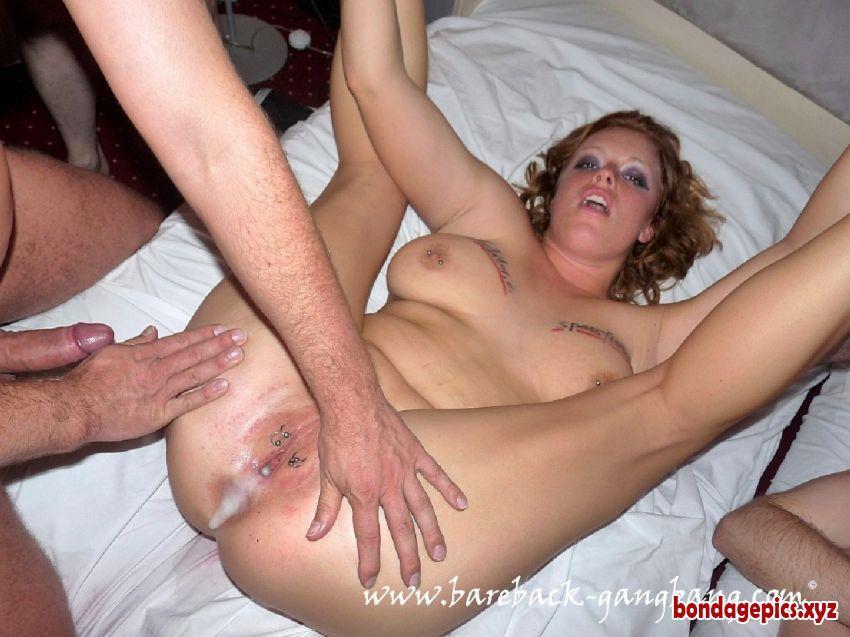 Wife fuck stranger at swinger